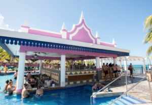 Hotel Riu Pool Bar